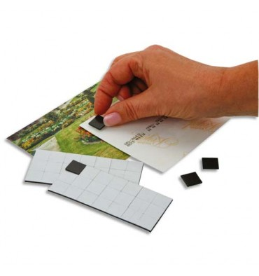 SAFETOOL Sachet de 49 carrés magnétiques adhésifs de 1,5 cm, force 80g/cm2