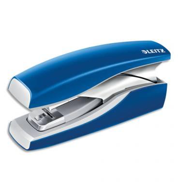 LEITZ Agrafeuse sur socle NeXXt Softpress Flat Clinch, agrafes 24-26/6, 24/8, capacité 30 feuilles. Bleu