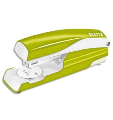 LEITZ Agrafeuse métal vert anis métallisé capacité 30 feuilles pour agrafes 24/6-26/6. Livrée en boîte